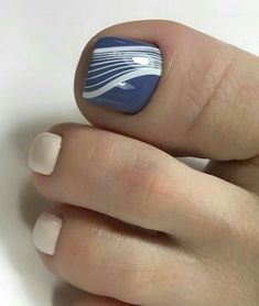 Toe Nail Color, Toe Nail Art, Pin Trest, Cute Pedicures, Pedicure Colors, Feet Nails, Autumn Nails, Toe Nail Designs, Long Toes