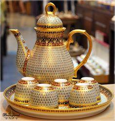 The Porcelain China Diane Key: 6593763545 Thai Coffee, Thai Tea, Coffee Set, Tea Cup Saucer, Tea Cups, Tea Pot Set, Pot Sets, Teapots And Cups, Porcelain Ceramics
