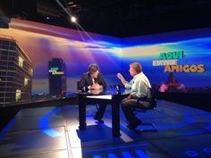 Carlos Alazraki y el maestro Raúl Quintanilla #AquíEntreAmigos