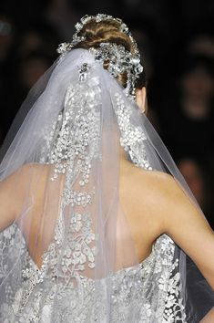 Elie Saab at Couture Spring 2008 - Livingly