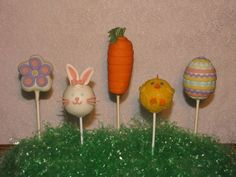 Easter Cake Pops Easter Cake Pops, Cakes Plus, Cake Factory, Easter Recipes, Fun Recipes, Cake Central, Cake Gallery, Cake Shop, Easter Treats