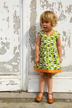 Vintage-style Lotta dress | girls dress pattern | Compagnie M