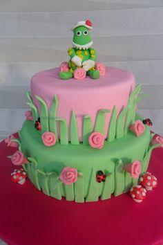 Dorothy dinosaur tier cake