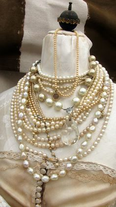 Lovely Pearls: Vintage Living at Horton's French Flea Market