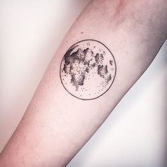 Moon Tattoo by vaders dye studio, Melina Wendlandt, Hamburg, Germany / Studio VADERS.DYE
