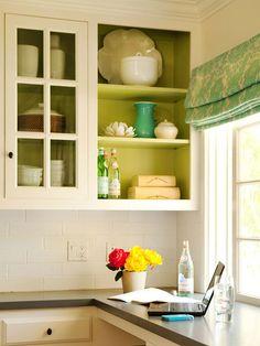 Inside Paint design office design and decoration de casas interior decorators Paint Inside Cabinets, Painting Cabinets, Painting Shelves, Diy Kitchen, Kitchen Design, Kitchen Decor, Kitchen Cabinets, Open Cabinets, Kitchen Shelves