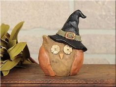 ~HONEY AND ME~Resin WITCH OWL~Country Primitive~HALLOWEEN Decor~