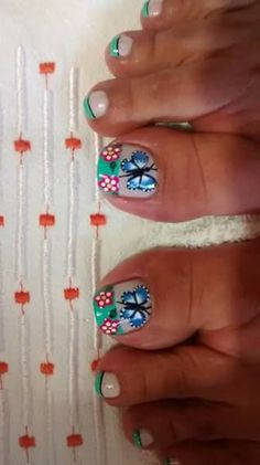 Toe Polish, Pedicure Nail Art, Butterfly Nail, Toe Nail Designs, Toe Nails, Gelato, Easy Nails, Tatoo, Templates