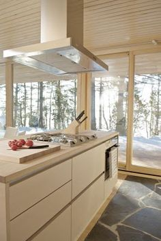 Scandinavian Retreat: Prefab from Finland; love those Finns--this is a prefab?
