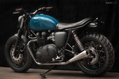 A nice custom job on the venerable Triumph Thruxton 900 by the Wrenchmonkees
