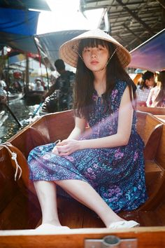 The temperament is uniquely impressive! Japanese model モトーラ世理奈, not the same beautiful! Sulli, Japonese Girl, Pose Reference Photo, Aesthetic People, Model Face, Body Poses, Japanese Models, Event Dresses, Ulzzang Girl