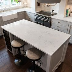 Monaco Carrara - Widbury Hill, Ware - Rock and Co Granite Ltd Hob Splashback, Carrara Quartz, Handmade Kitchens, Beautiful Bedrooms, Monaco, Kitchen Ideas, House, Home Decor, Decoration Home
