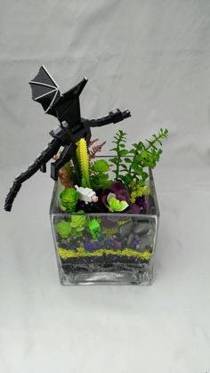 Excited to share the latest addition to my #etsy shop: Minecraft terrarium featuring an Ender Dragon, a creeper and a wolf with artificial succulents https://etsy.me/2HGHyHv