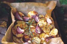 Chlupaté knedlíky | Apetitonline.cz Menu, Chicken, Boho, Vegetables, Menu Board Design, Bohemian, Vegetable Recipes, Veggies, Cubs