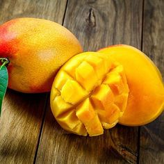 Want to know than Mango are good for your health? ★ Learn about the benefits of mango fruit, what are side effects for the body and nutrition values. Alkaline Fruits, Mango Benefits, Health Benefits, Fast Growing Trees, Mango Tree, High Fat Foods, Nutritional Value, Super Healthy Recipes, Nutritious Meals