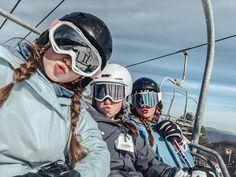 Cute Friend Pictures, Best Friend Photos, Chalet Girl, Besties, Ski Bunnies, Shotting Photo, Ski Vacation, Snowboarding Outfit, Ski Season