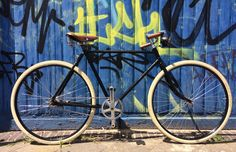 Gazelle pathracer with Sturmey Archer drive train. 1945 original frame and old stock rims.