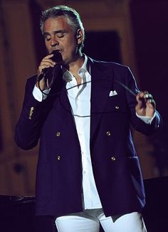 Andrea Bocelli at the MGM Grand - December 7, 2013