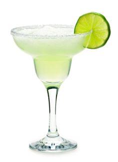 Receita de Margarita e suas Versões. Margarita é a mais famosa bebida à base de tequila. É um drink excelente para o verão!