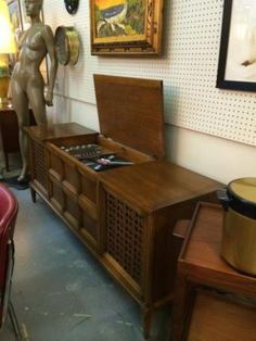 """Sears Silverton Stereo Cabinet Rebuilt Aug. 2014 Mint Condition Circa 1964 70"""" Wide x 19"""" Deep $540 Booth 766 Lula B's 1010 N. Riv... Antique Record Player, Radio Record Player, Record Players, Stereo Cabinet, Televisions, Phonograph, Typewriters, Vintage Music, Old Tv"""