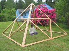 Want to feel Pyramid Power? Buy all sizes of Giza and Nubian Meditation Pyramids, or make your own. Made without metal, which can absorb Pyramid Energy. Pyramid House, Meditation Space, Geodesic Dome, Glass House, Sacred Geometry, Play Houses, Backyard, Patio, Healing