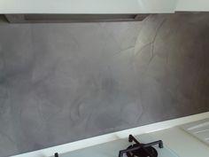 Schienale cucina in resina - dettaglio