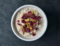In deze blogpost geven we je zeven verrassende overnight oats recepten. Zo gaat je havermout ontbijtje niet snel vervelen!