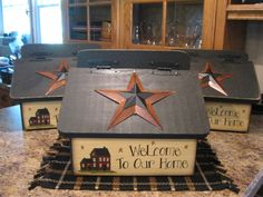 Mailbox - I want one of these!! Another project for my hubby :)