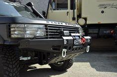 Unico nel suo genere, il nuovo paraurti Equipe 4×4 apre una nuova strada per la preparazione del vostro Range Rover P38. La sua versatilità lo rende idoneo a soddisfare ogni esigenza: utilizzo per lavoro, raduni con amici, uscite di club, viaggi più o meno impegnativi e gare di trial o estremo. Sono proprio il Range Rover P38 e la sua versatilità che hanno ispirato la progettazione di questo paraurti, un unico accessorio per molteplici usi. COD: MBW0023P38S – MBW0023P38N €1.070,00 IVA INCL.