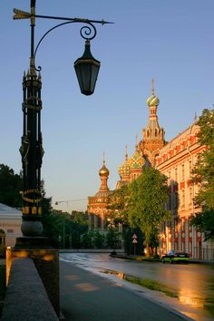 St Petersburg, Russia: beautiful street lantern and the Church of the Saviour on Spilled Blood