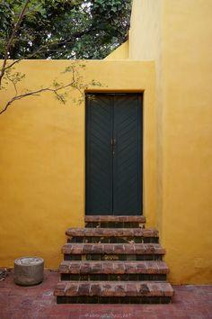 Casa Gonzalez Luna by Luis Barragan // casahaus.net