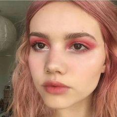 10 pink eyeshadow looks that are perfect . - 10 pink eyeshadow looks that are perfect for spring – great – makeup – - Makeup Trends, Makeup Inspo, Makeup Inspiration, Makeup Tips, Hair Makeup, Dress Makeup, Prom Makeup, Makeup Geek, Makeup Tutorials