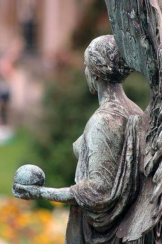 angel statue by abudoma, via Flickr