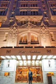 Hotel Monteleone was a popular New Orleans gathering spot of Truman Capote, Ernest Hemingway, Eudora Welty, William Faulkner, and Tennessee Williams