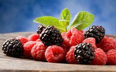 Wallpaper for Desktop: berry