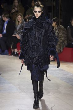 Sacai Fall 2016 Ready-to-Wear Fashion Show - Camille Hurel