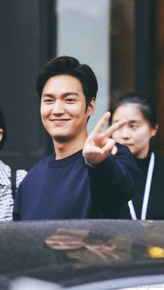 Lee Minho in Shanghai for Bounty Hunters photoshoot, Ghost Album, Lee Min Ho Photos, Dance Sing, New Actors, City Hunter, Boys Over Flowers, Korean Star, Lee Jong Suk, Korean Actors