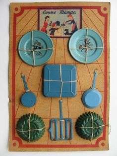 Vintage French Tin Little Thumb Puss in Boots Kitchen Set Comme Maman on Card