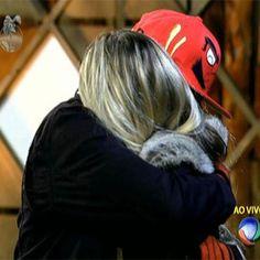 Até breve! Bárbara Evans chora após eliminação de Mateus http://r7.com/NF4d #AFazenda
