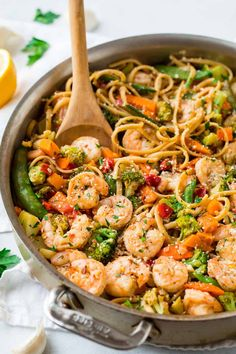 An easy recipe with lots of lemon, garlic, and vegg… Healthy Garlic Shrimp Pasta. An easy recipe with lots of lemon, garlic, and veggies. Easy Healthy Pasta Recipes, Pasta Dinner Recipes, Shrimp Pasta Recipes, Shrimp Dishes, Healthy Pastas, Easy Healthy Dinners, Pasta Dishes, Healthy Shrimp Pasta, Shrimp Meals
