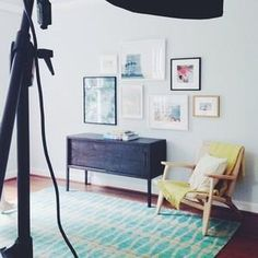 #tbt to our shoot with @laurametzlerphoto a few weeks ago. Love this one! 📷 #framebridge #photoshoot