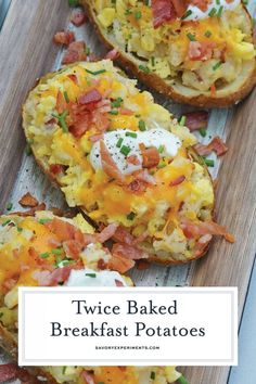 Twice Baked Breakfast Potatoes use leftover potatoes with scrambled eggs, cheddar cheese, chives, sour cream and BACON for the perfect easy breakfast recipe.savoryexperim… via Savory Experiments Breakfast Baked Potatoes, Potato And Egg Breakfast, Leftover Baked Potatoes, Stuffed Potatoes, Potato And Egg Recipe, Baked Potato Recipes, Egg Recipes, Healthy Recipes, Potato Meals