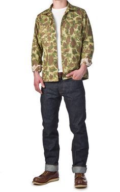I'm never afraid of a solid camo execution. This one feels simple but wearable. Like the jacket too. Camo Fashion, Mens Fashion, Usmc, Parachute Pants, Law, Casual Outfits, Feels, Bomber Jacket, Menswear