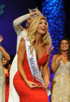 Miss Arkansas Amy Crain (Delta Delta Delta, University of Arkansas)