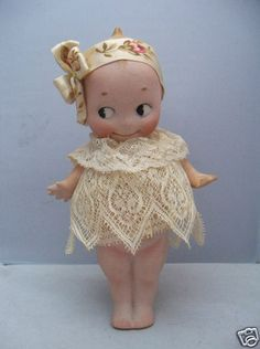 ANTIQUE GERMAN O'NEILL KEWPIE DOLL w/ LACE DRESS - DARLING!