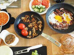 Olympus Digital Camera, Breakfast, Ethnic Recipes, Food, Breakfast Cafe, Meal, Hoods, Morning Breakfast, Eten
