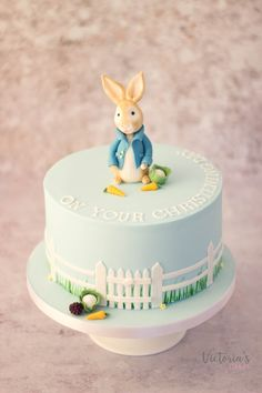Luxury bespoke wedding cakes created in Tortworth, Gloucestershire. Beautifully handcrafted cakes for your special day. Peter Rabbit Cake, Peter Rabbit Birthday, Peter Rabbit Party, Christening Cake Girls, Christening Decorations, Beatrix Potter Cake, Button Cake, Harry Birthday, Cake Piping