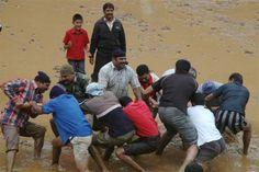 Slush race, sport played in rain festival (Male Namme)