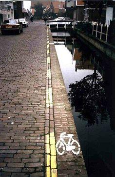 bike lane - Eep!