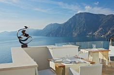 Un Piano nel Cielo; Minimalist. Gourmet. An Amalfi Coast you weren't expecting, an eating experience you'll never forget.